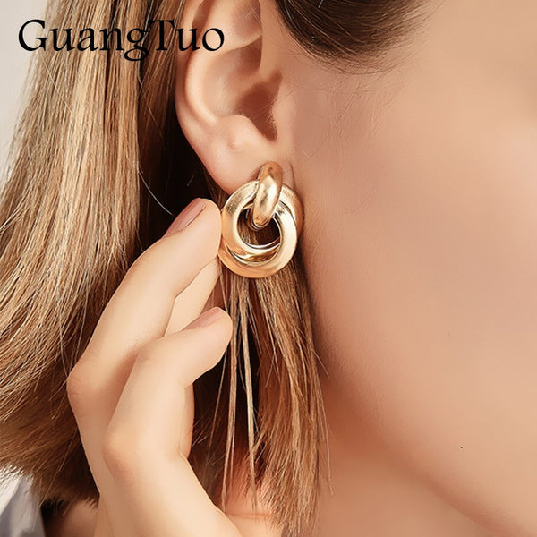 EK2202 New Trendy Gold Twisted Small Stud Earrings Metal Statement Earring Prisoner Classic Minimalist Beautiful Jewelry
