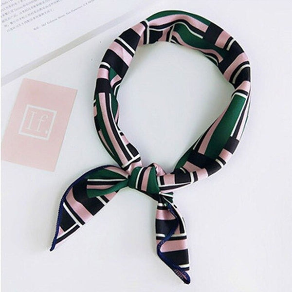 Fashion Print Small Square Satin Hair Band Tie Scarf Vintage Elegant Women Headband Bandana Handkerchief Foulard Femme