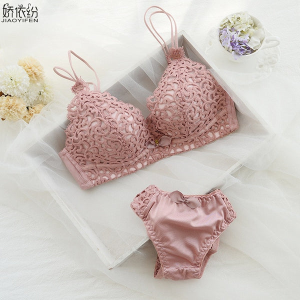 Brand Hot Sale Sexy Lace Underwear Set Seamless Comfortable Women Bra Set Fine Embroidery Lovely Girl Push Up Bra Sets