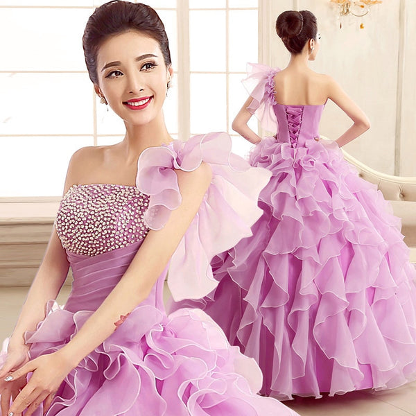 New Quinceanera Dresses One Shoulder Flower Ruffles Tiered Sexy Catwalk Dress Plus Size Prom Performance dress pakaian pengantin