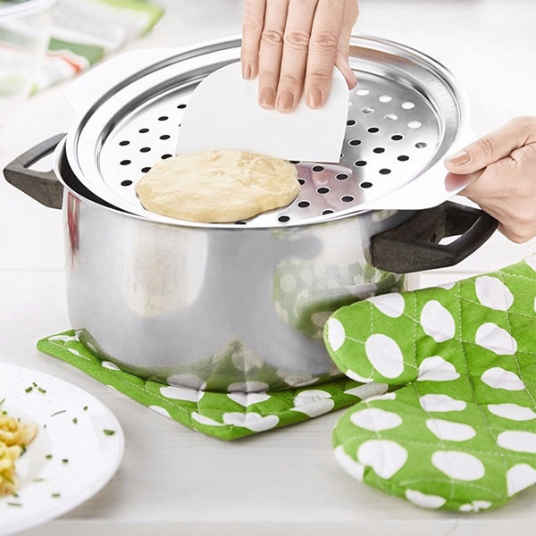 Stainless Steel Spaetzle Maker Lid with Scraper Germany Eggs Noodle Dumpling Maker Home Kitchen Pasta Cooking Tools Accessoires