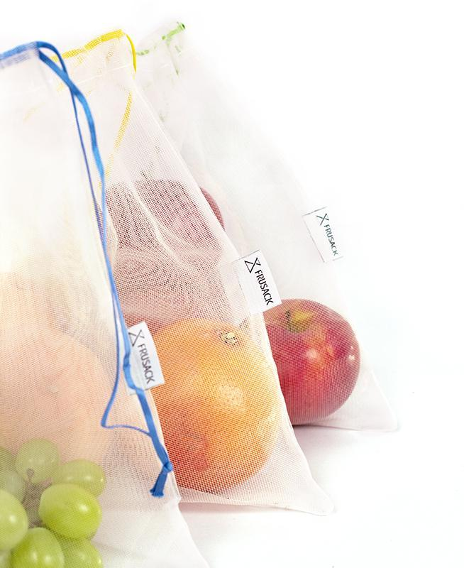 3 reusable but also COMPOSTABLE produce bag to carry your fruits and vegetables directly from the shop to your fridge. Corn star  version, 1 bag with yellow trim, 1 with green trim and 1 with blue trim.