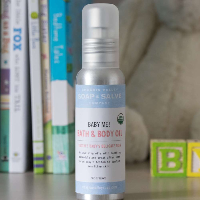 A gentle, organic baby oil formulated with moisturizing oils and soothing calendula to nurture and protect your baby's delicate skin.  2oz version