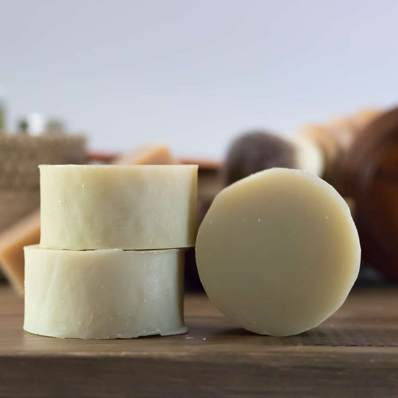 A natural citrus shaving soap enriched with shea and cocoa butters for a rich, creamy lather.