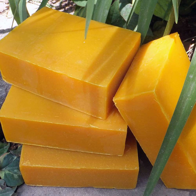 Organic soap bar with sea buckthorn and tea tree oil. Healing, softening and anti-inflammatory to strengthen capillaries and encourages tissue regeneration.