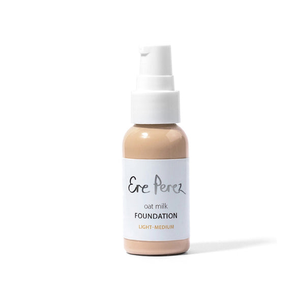 Ere Perez Oat Milk Foundation – Light/Medium 40ml