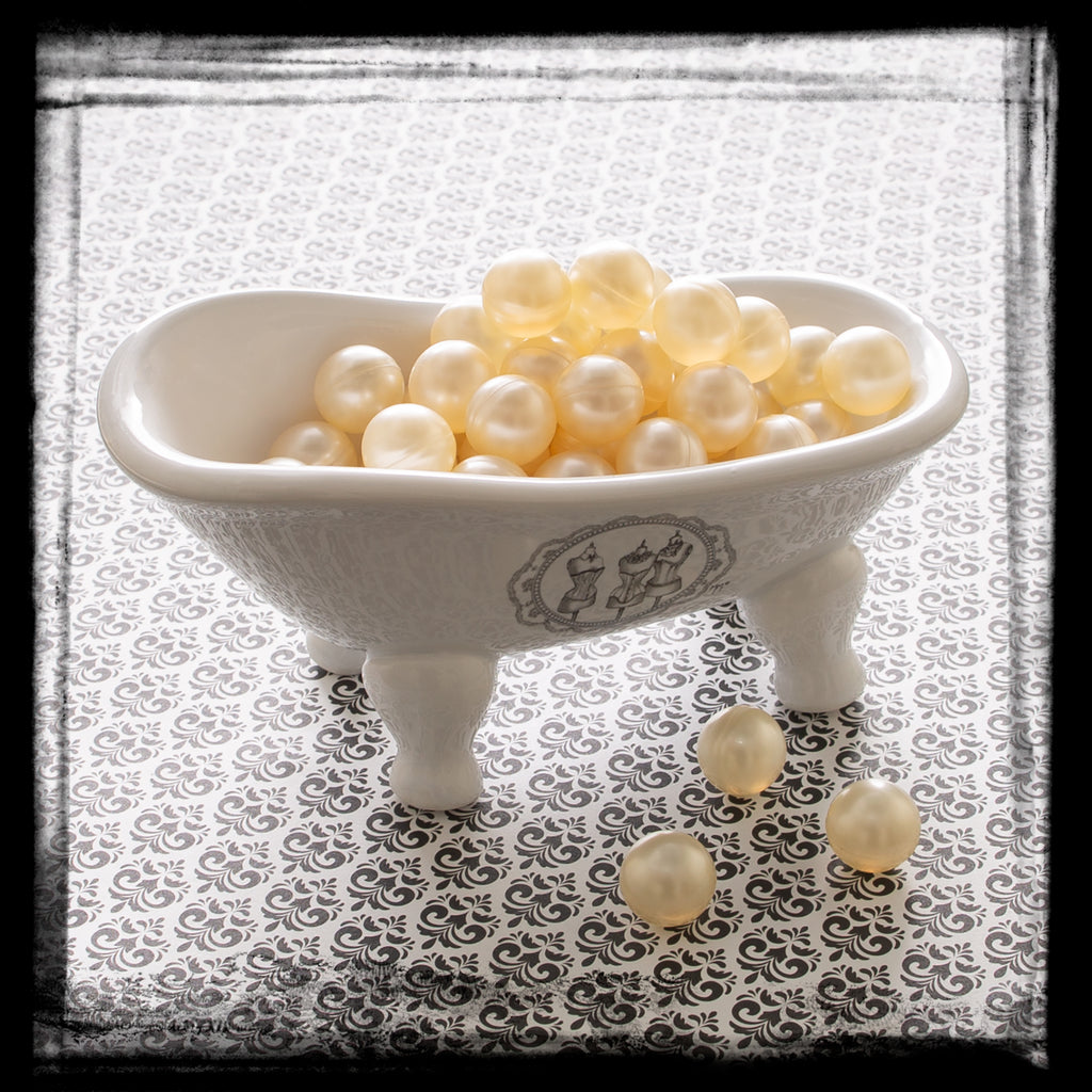 Bath Oil Beads – Champagne Pearl