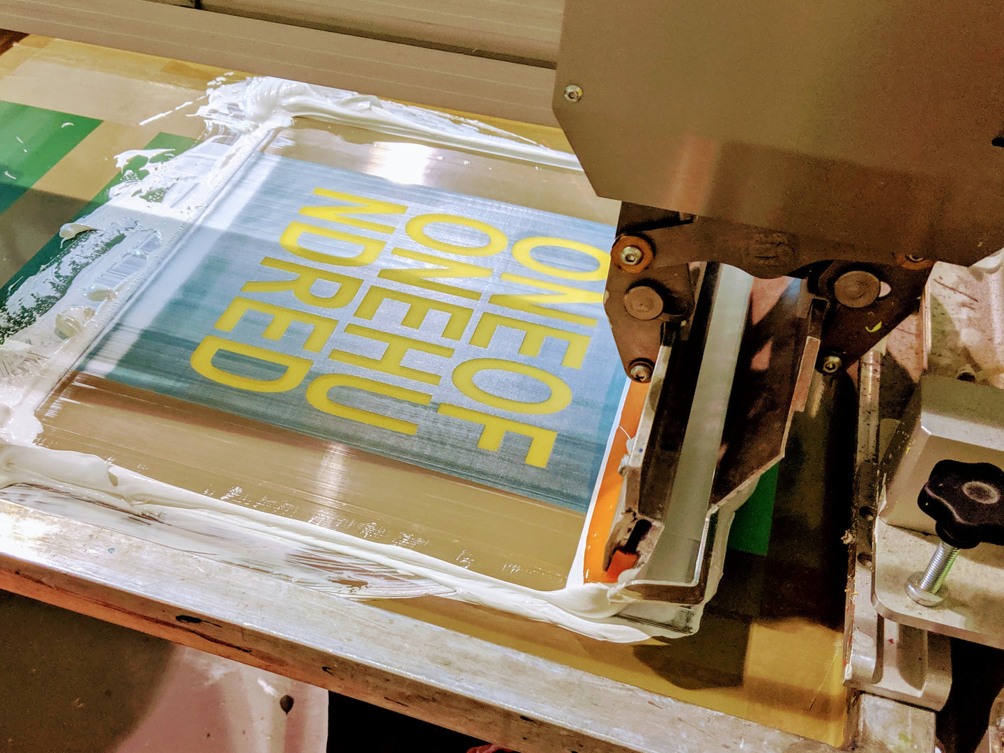 screen printing t-shirts uk automatic