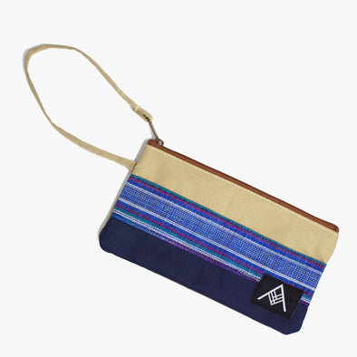 Travel Pouch - Blue Hinabol