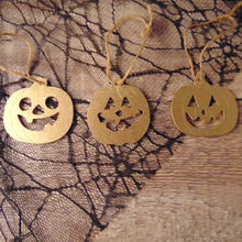 Load image into Gallery viewer, Pumpkin Hanging Decorations - set of 3 - choose your favourite colour!
