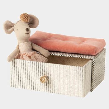 Dancing Mouse in Daybed, Little Sister - Toy - PEPA AND CO