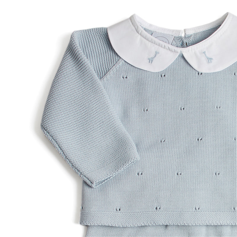 Newborn Knitted Set With Blue Giraffe Embroidered Collar - Set - PEPA AND CO