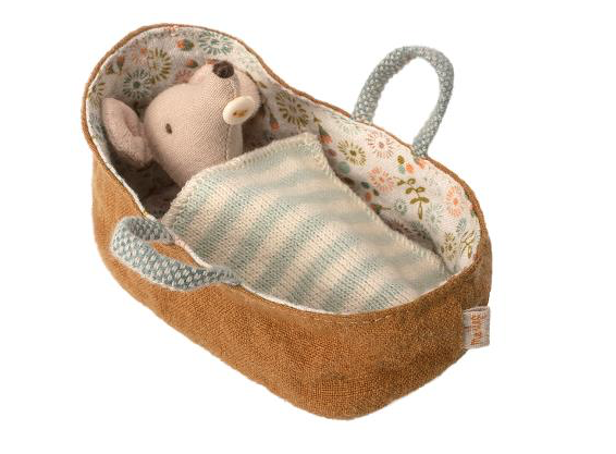 Baby Mouse in Carry Cot - Toy - PEPA AND CO
