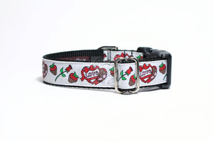 Chocolate, Hearts and Roses - Valentine nylon dog collar