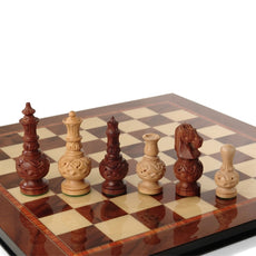 Giglio Asla slim hand-carved sandalwood/bud rosewood chess pieces