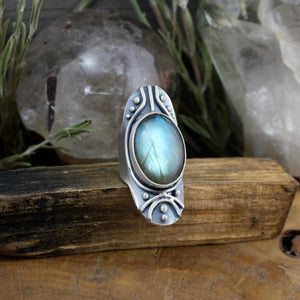 Warrior Shield Ring // Labradorite - SIZE 7 - Acid Queen Jewelry