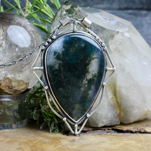 Serpentine Voyager Necklace // Moss Agate - acid-queen-jewelry, All Products - acid-queen-jewelry, vendor-unknown - acid-queen-jewelry,  Acid Queen Jewelry - acid-queen-jewelry