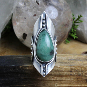 Warrior Shield Ring // Emerald - Size 6.5 - Acid Queen Jewelry
