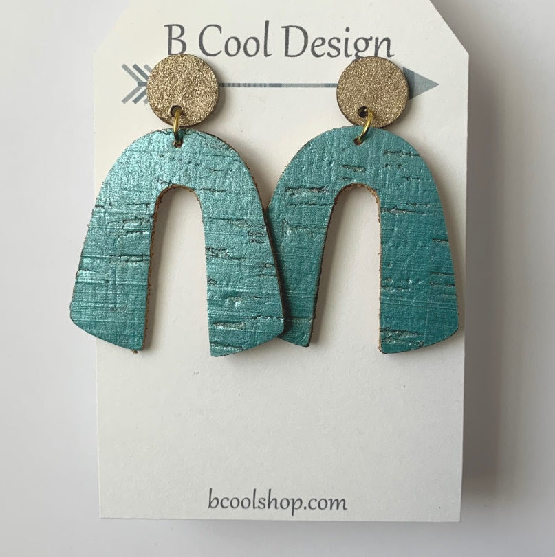 sl06-Signature Arch Blue Cork Earring