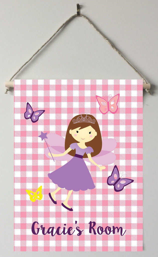 dk44-brown hair Fairy Door/Wall Sign