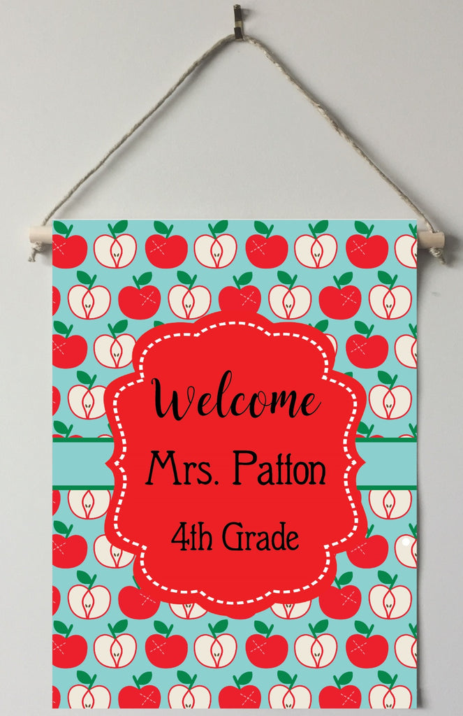 dt03 Apples Teacher Door/Room Sign