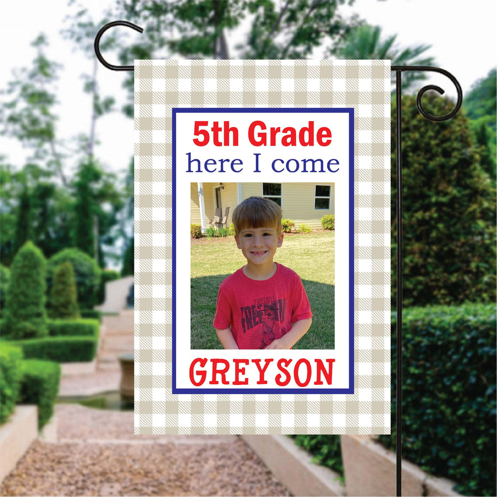 fg150b 4th Grade Grad Flag