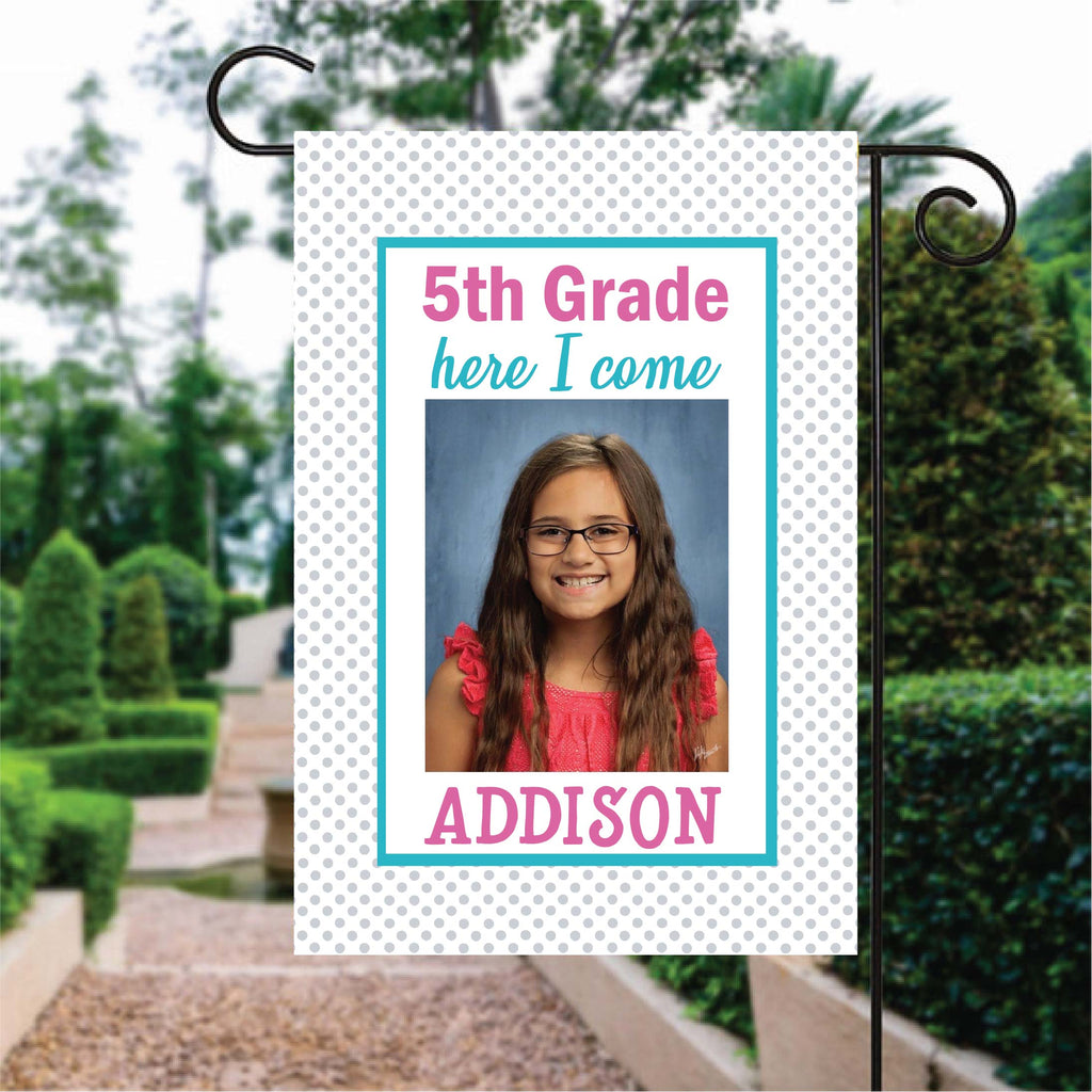 fg150g 4th Grade Grad Flag