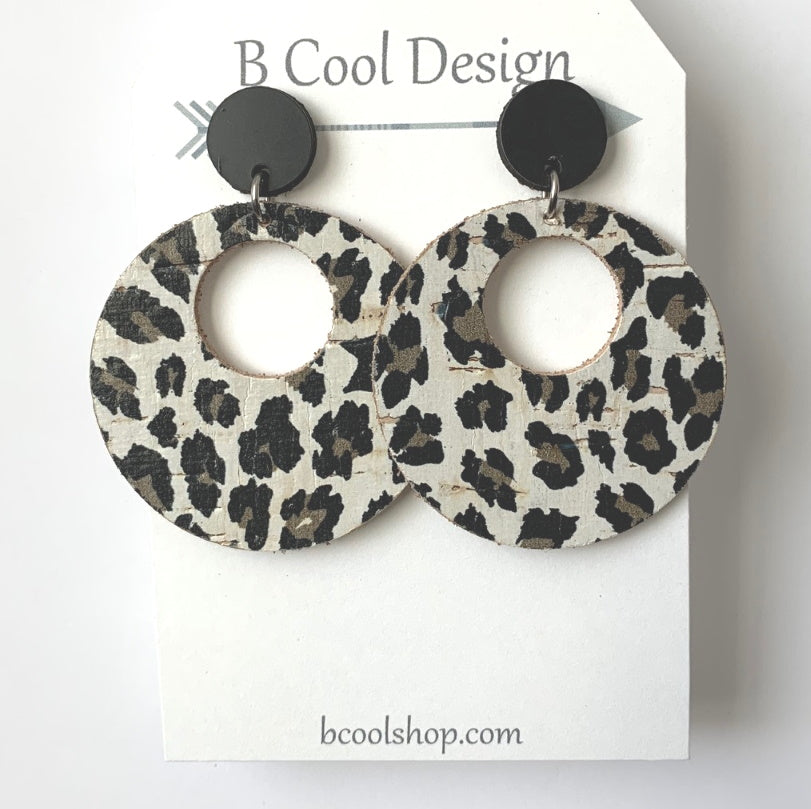 sl01-Signature Circle Leopard Earring