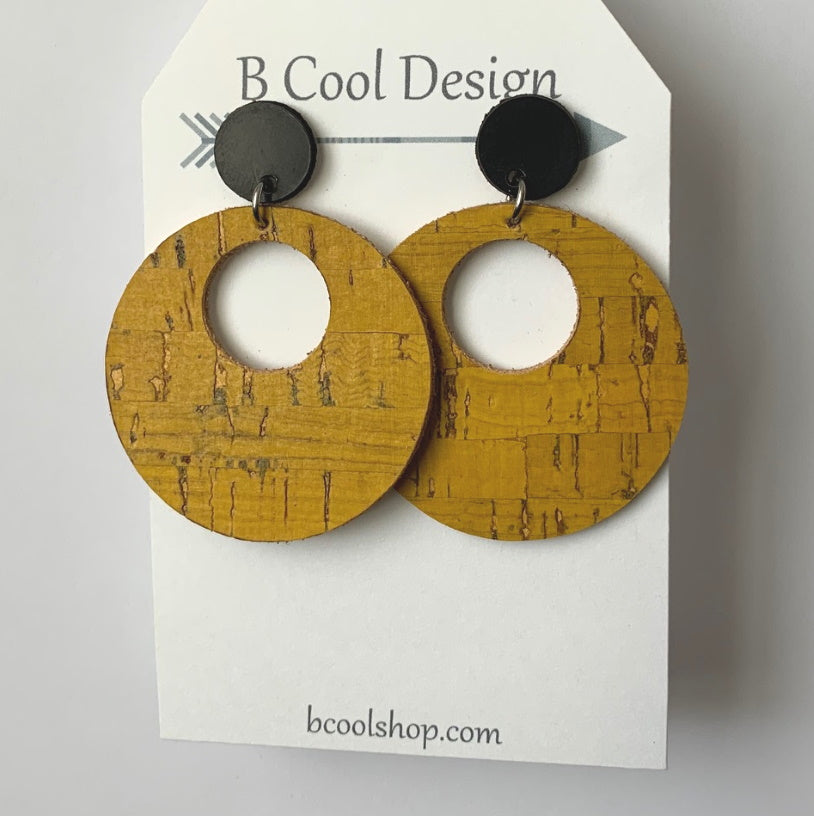 sl03-Signature Circle Mustard Cork Earring