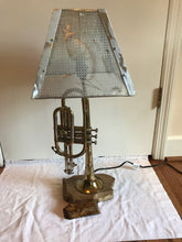 Load image into Gallery viewer, Trumpet Lamp II