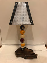 Load image into Gallery viewer, Pool Table Balls Lamp