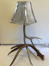 Load image into Gallery viewer, Antler Lamp