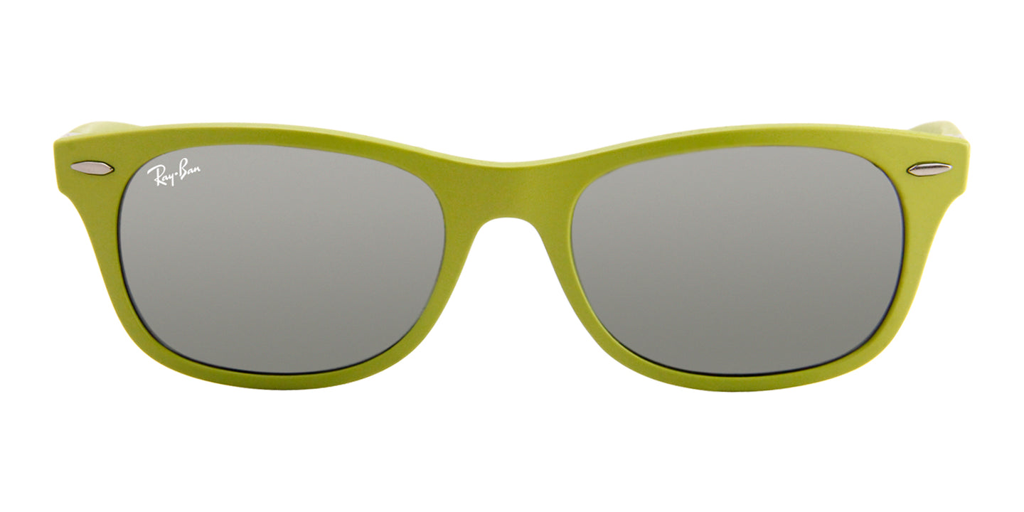Ray-Ban Unisex RB4207 Green / Silver Lens