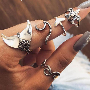 Mermaid Wave Midi Rings