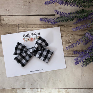 Black Check pinwheel bow