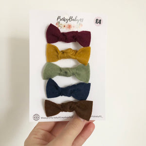 5 small knot bows