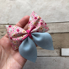 Sailor Bow (pink and blue floral)