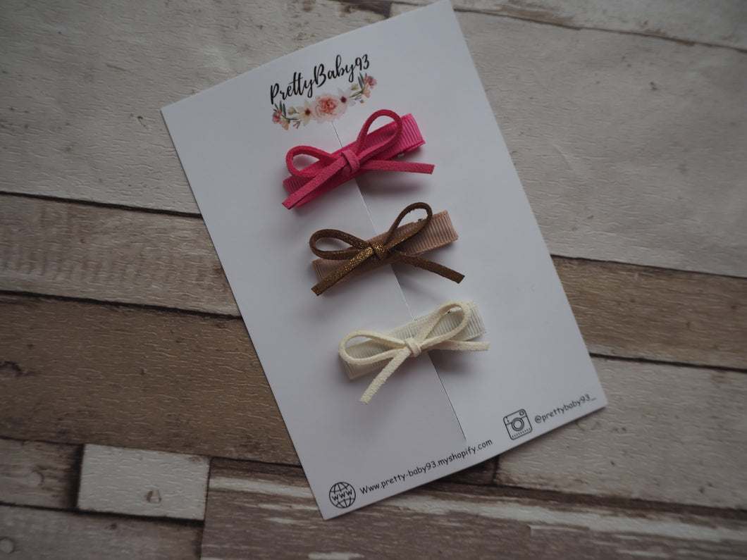 Suede cord tie fringe clips