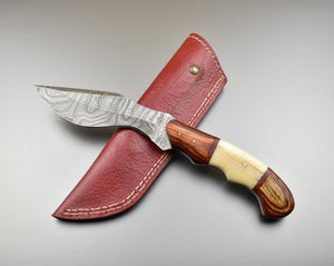 Custom Made Damascus Steel Kukri Knife - The Blade Point