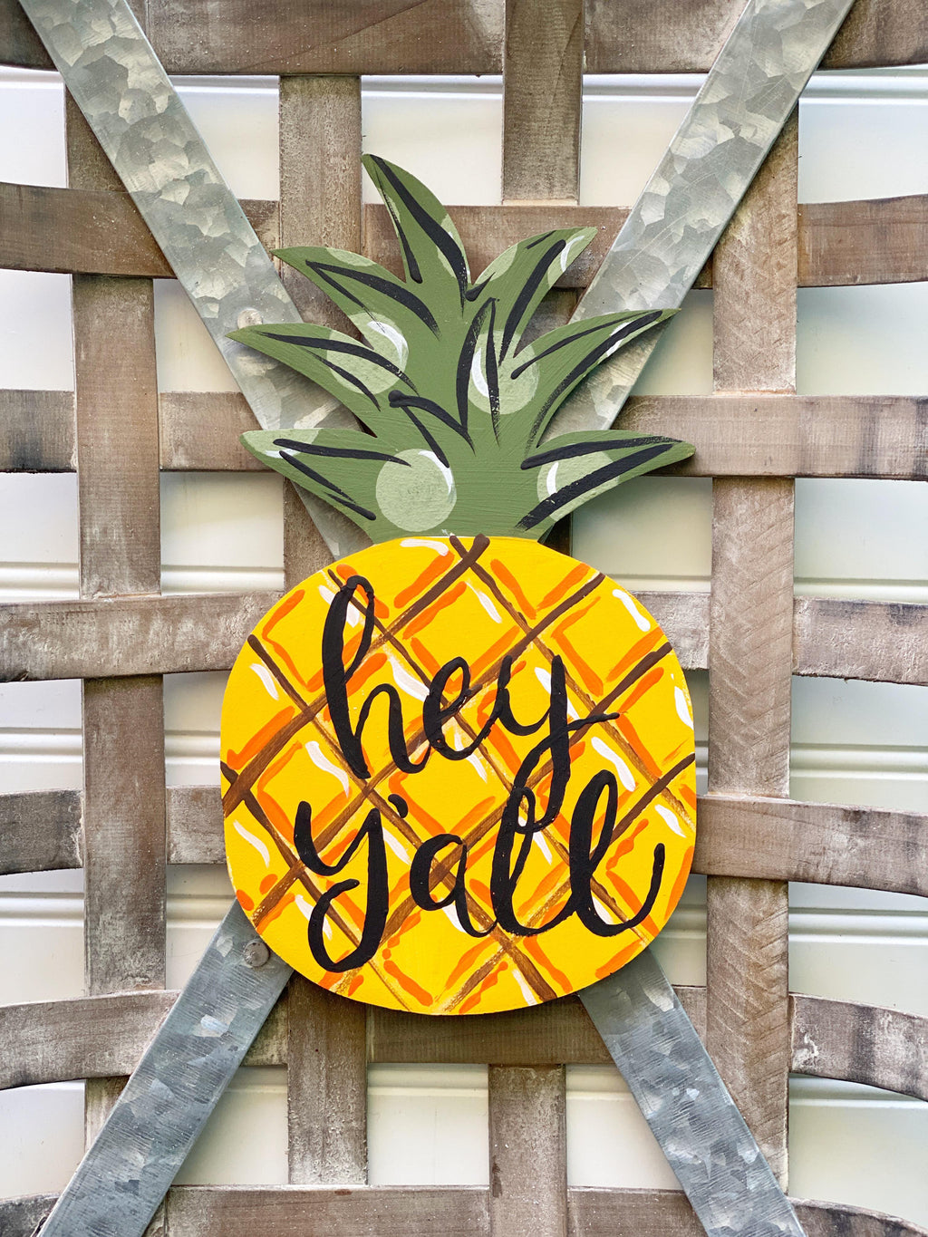 Hey Y'All Pineapple Door Hanger PAINTED