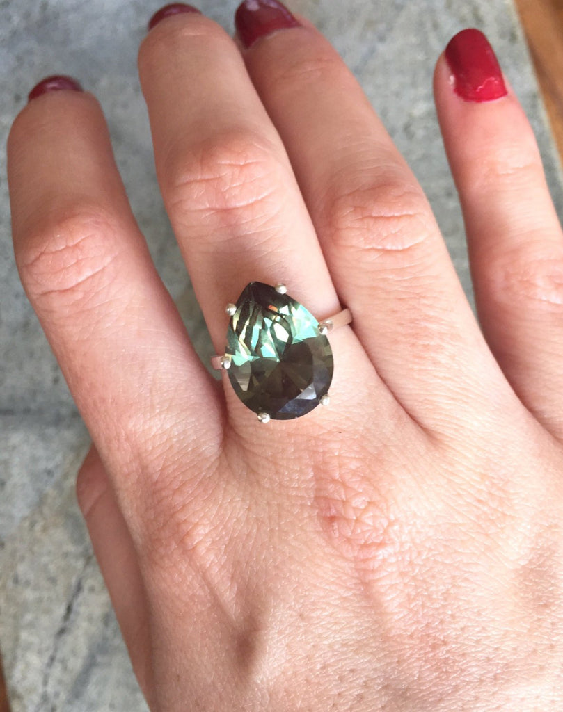 Teardrop Ring, Green Diamond Ring, Antique Ring, Vintage Ring, Antique Emerald Ring, Antique Rings, Sterling Silver Ring, Large Stone Ring