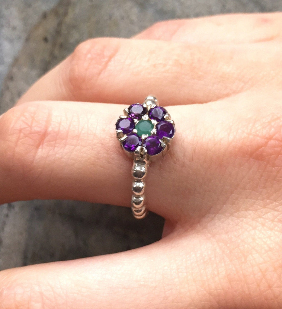 Flower Ring, Amethyst Ring, Natural Amethyst, Purple Flower, Emerald Ring, Natural Emerald, February Birthstone, May Birthstone, Pure Silver