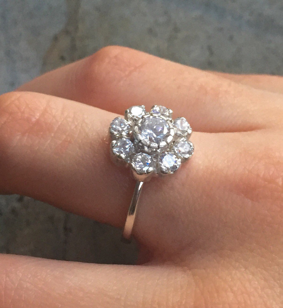 Vintage Engagement Ring, Vintage Flower, Vintage Diamond Ring, CZ Diamonds, 2 Carats Diamonds, Antique Ring, Solid Silver Ring, Pure Silver