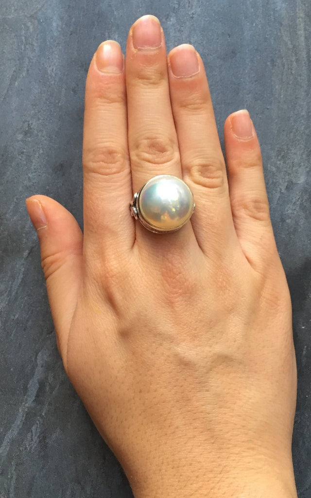 Mabe Pearl Ring, Rainbow Mabe Ring, Natural Pearl Ring, June Birthstone, Large Pearl Ring, Vintage Pearl Ring, June Ring, Solid Silver Ring