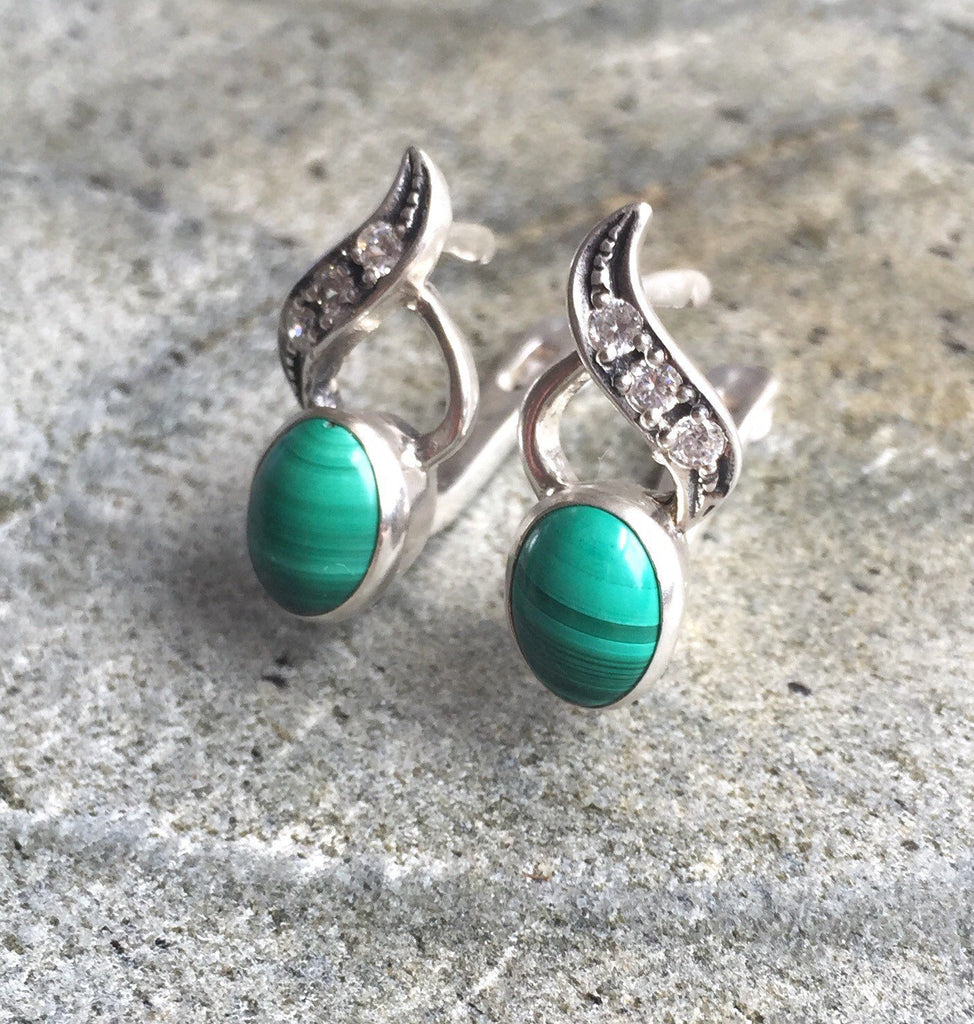 Malachite Earrings, Vintage Earrings, Green Earrings, Green Stone Earrings, Natural Gem, Antique Earrings, Solid Silver, Silver Earrings