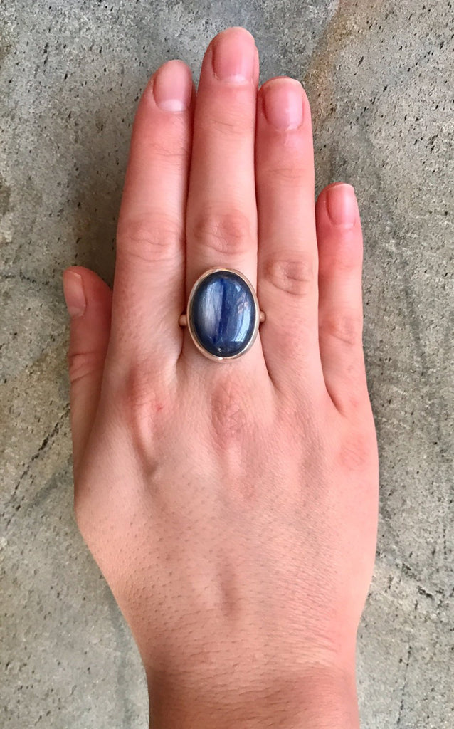 Kyanite Ring, Blue Kyanite, Natural Kyanite, Blue Kyanite Ring, Large Stone Ring, African Kyanite, Vintage Ring, Solid Silver Ring, Kyanite