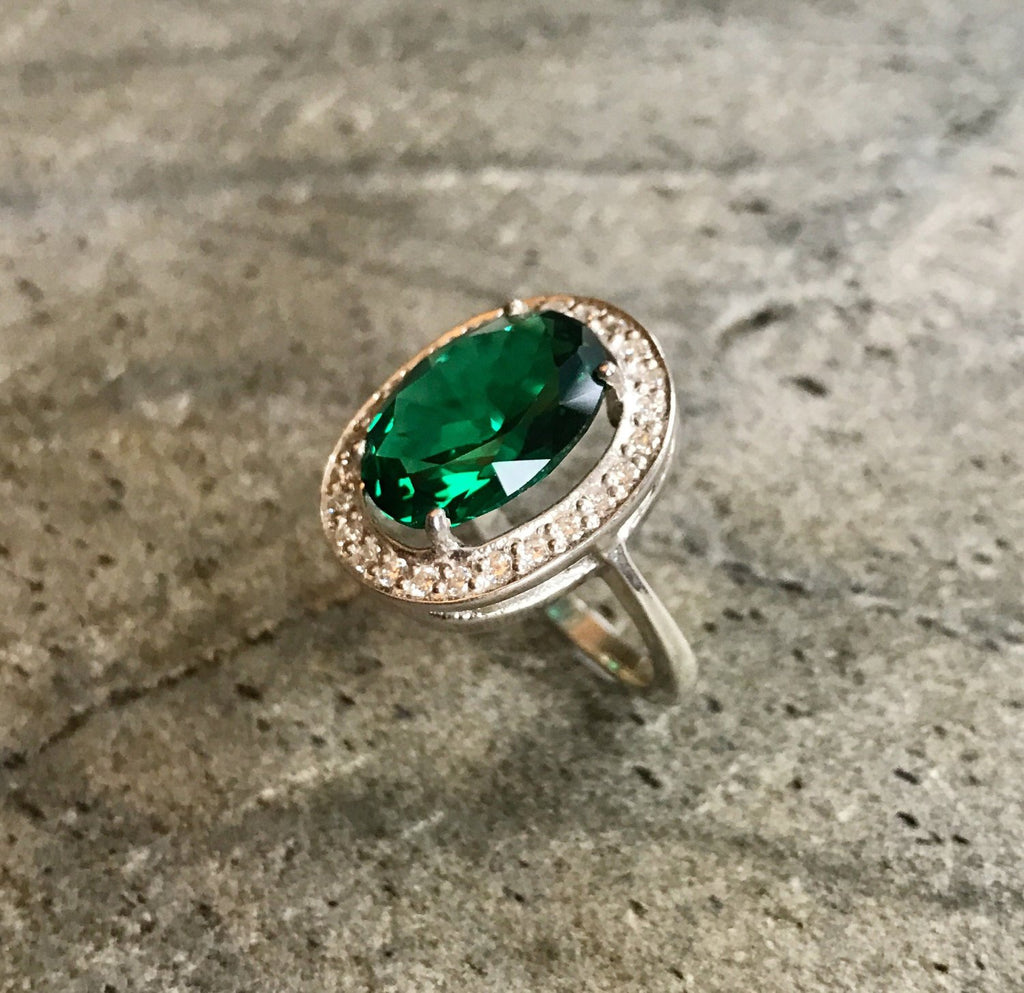 Emerald Ring, Antique Ring, Vintage Rings, Created Emerald, Diana Ring, Princess Diana Ring, Antique Emerald Ring, Solid Silver Ring, Green