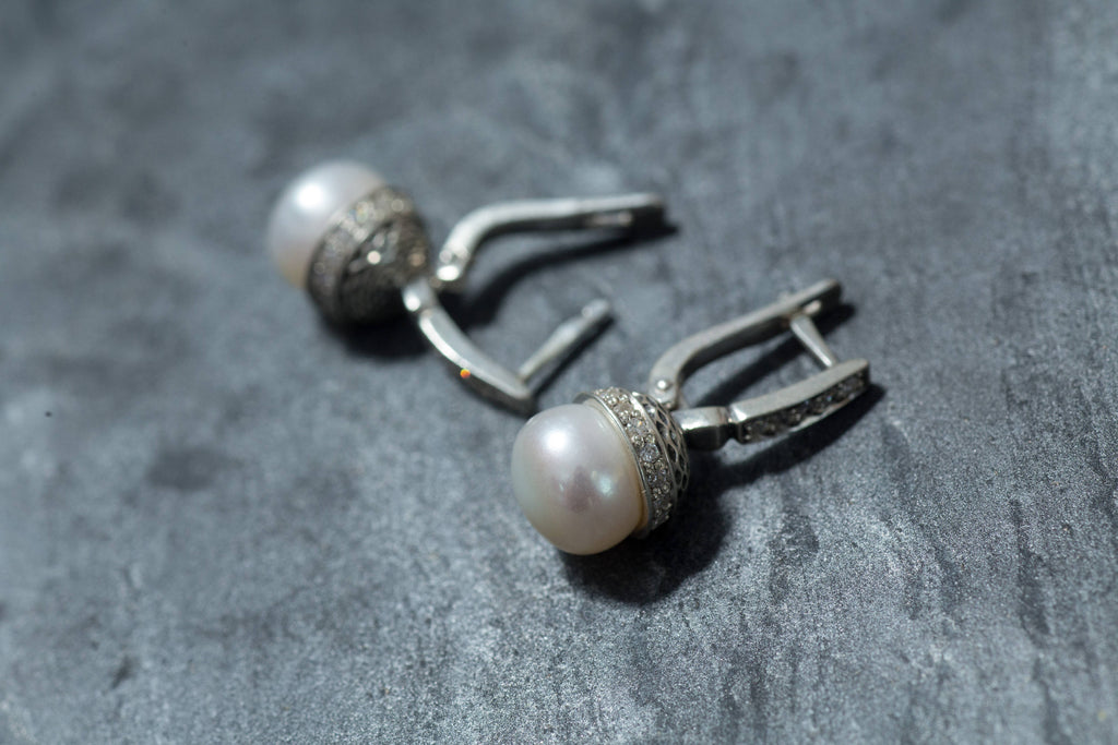 White Pearl Earrings, Natural Pearl Earrings, June Birthstone, Vintage Earrings, Vintage Style, June Earrings, Solid Silver, White Earrings