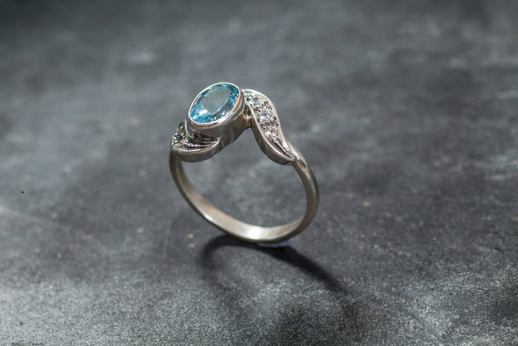 Blue Topaz Ring, Vintage Rings, Natural Topaz, Antique Topaz Ring, Blue Topaz, Blue Diamond, December Birthstone, Silver Ring, December Ring