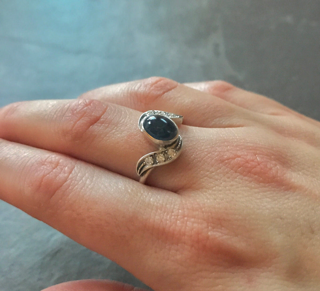 Sapphire Ring, Natural Sapphire, September Birthstone, 2 Carats, Blue Sapphire Ring, Vintage Ring, Bezel Ring, Antique Ring, Pure Silver